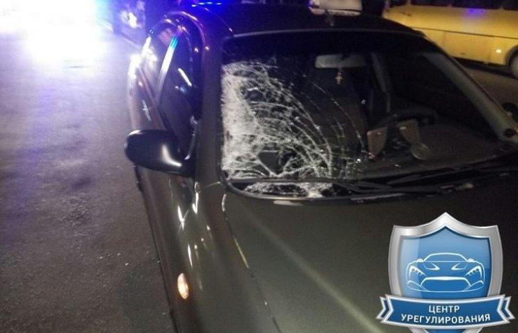 У Миколаєві таксист збив дівчину прямо на пішохідному переході