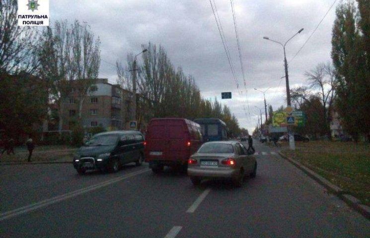 Миколаївські патрульні порадили Сєнкевичу встановити світлофори на аварійних ділянках