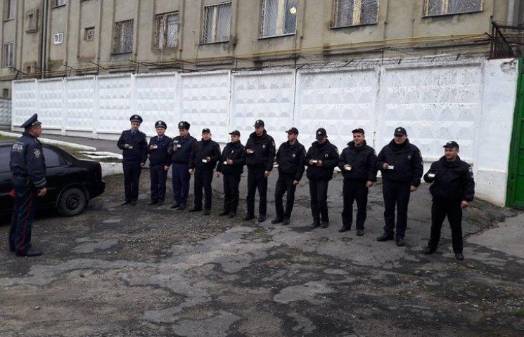 """Полицейские на Хмельнитчине """"воскресили"""" человека"""