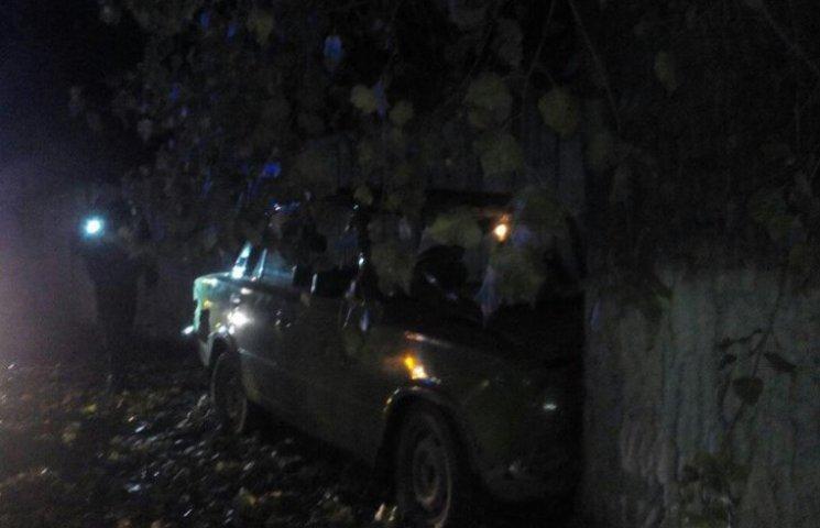 Водій ВАЗу спричинив в Хмельницькому аварію, пасажир в лікарні