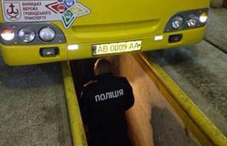 Винничан перевозили неисправными автобусами