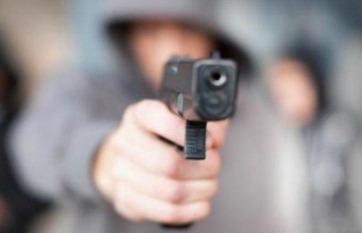 У Миколаєві в стрілянині поранили 6-річного хлопчика