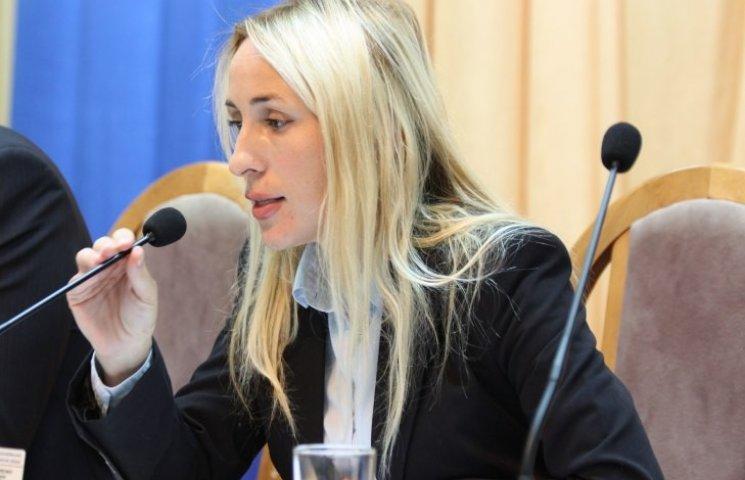 Голова Миколаївської облради заявила, що не збирається складати повноваження