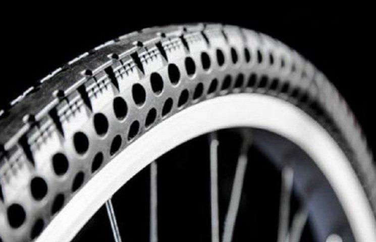 Американці представили сенсаційні велосипедні шини, що не пробиваються