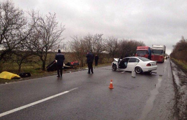 На Миколаївщині у ДТП загинули троє осіб: серед них і дитина