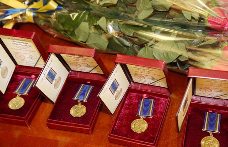 Державні нагороди отримали харківські учасники АТО