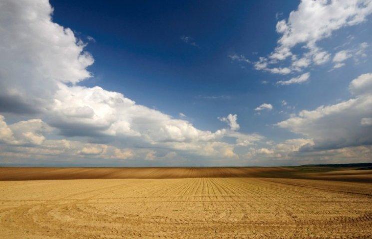 Чиновница с Николаевщины задекларировала земли площадью с Румынию