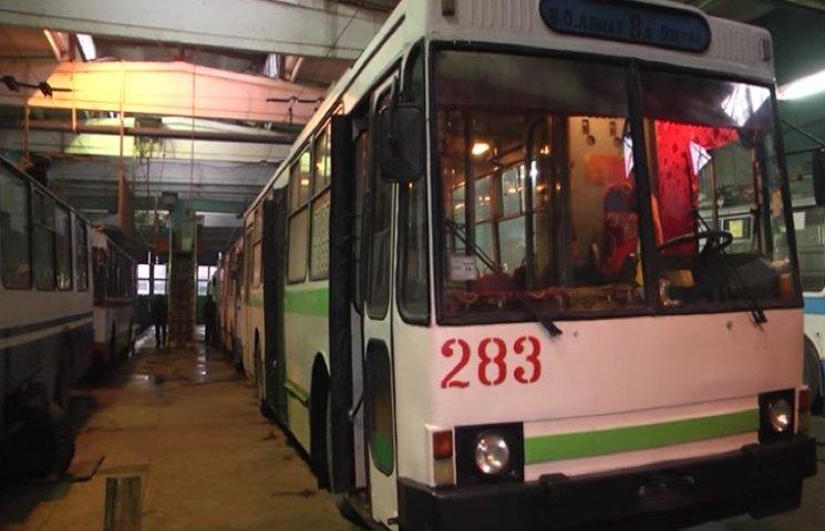 Тролейбуси в Хмельницькому підготували до зими