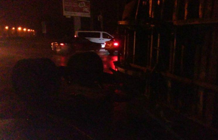 В Полтаве снова перевернулся грузовик с семенами подсолнечника