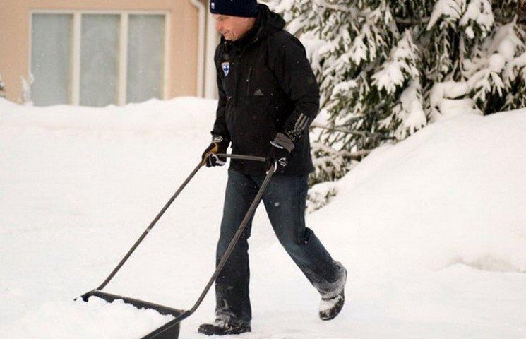 Винницких предпринимателей пугают штрафом за неубранный снег