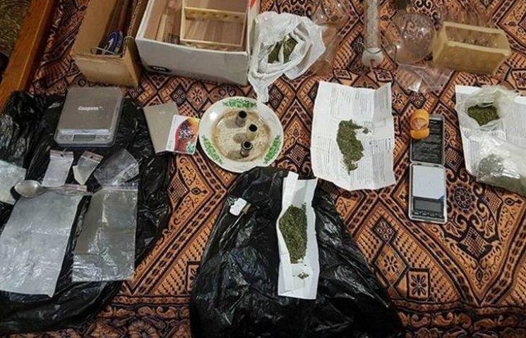 Вінницькі поліцейські викрили домашню нарколабораторію