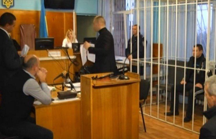 В Томашполі судять винуватця загибелі сільського голови та його нареченої