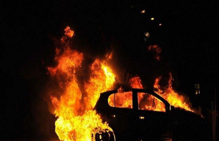 У Харкові затримали чоловіка, який підпалив іномарку