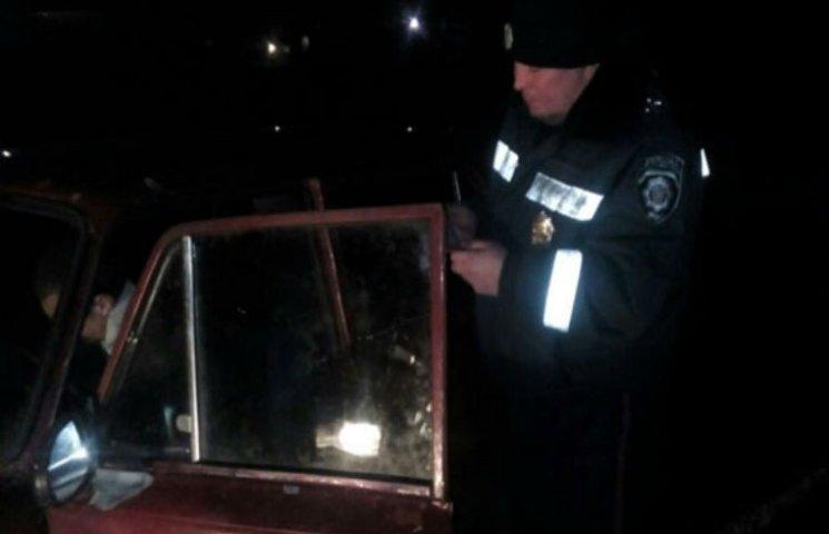 У Полтавському районі посеред ночі поліція затримала п