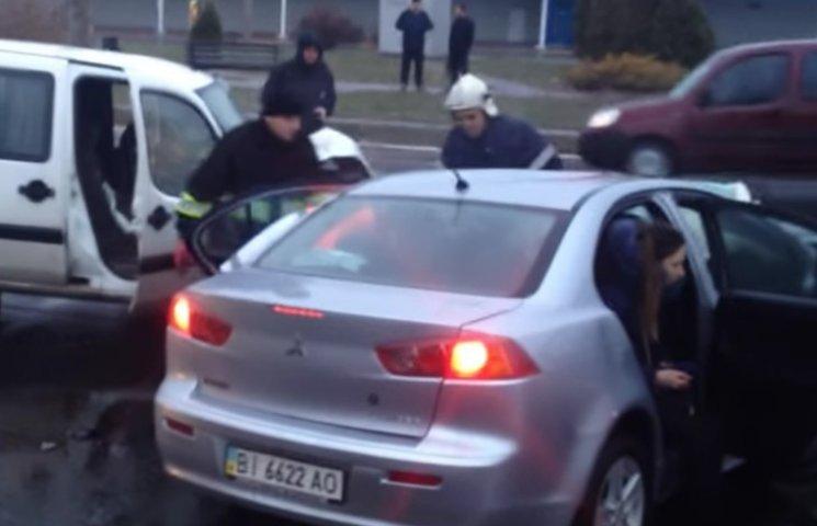 ДТП в Кременчуці: Травмовано троє людей