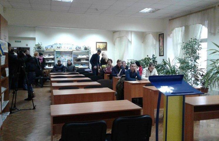 В Новомосковске депутаты прогуляли сессию