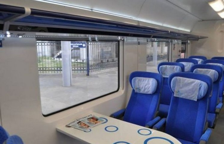 Швидкісний поїзд, який іде через Вінницю, змінює маршрут