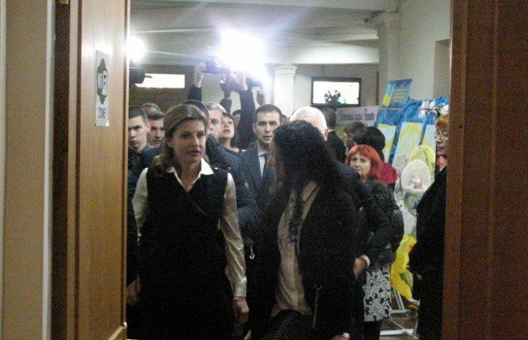 Візит дружини Порошенка до Дніпра не викликав інтересу у місцевих VIP-чиновників