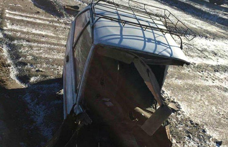 В ДТП на Полтавщине машину разорвало пополам: водитель отделался сотрясением