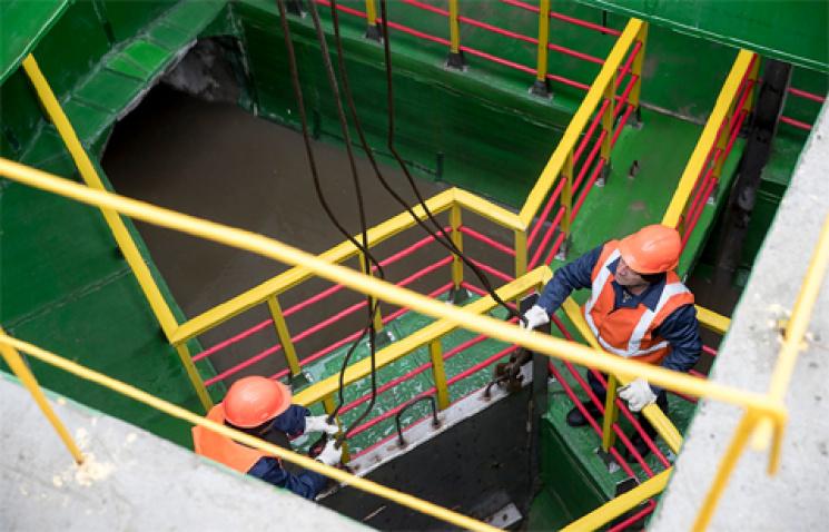 УКиєві запустили каналізаційний колектор, який будували 23 роки