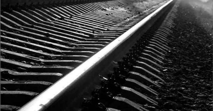 На Житомирщині під колесами поїзда загинув невідомий чоловік