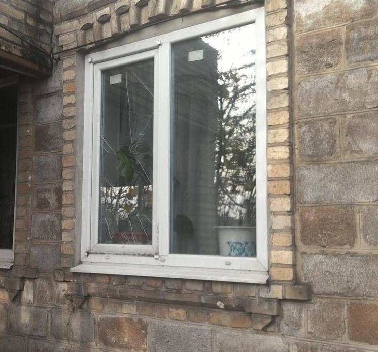 Бойовики обстріляли житлові будинки Мар&…