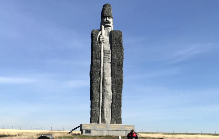 Статуя пастуха, встановлена на Одещині, увійшла до Книги рекордів Гіннесса