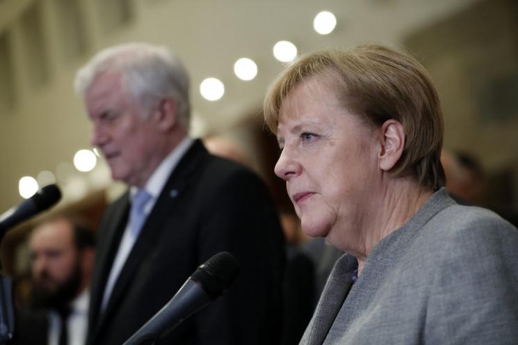 Німецькі соціал-демократи заявили про остаточний провал Меркель