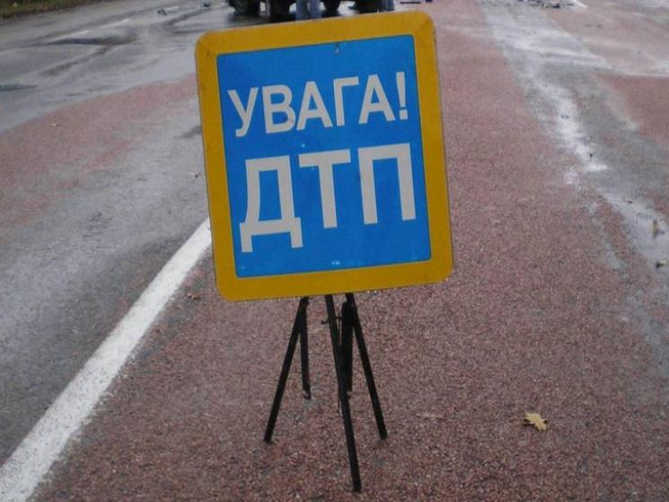 Смертельна ДТП наСколівщині: туристичний автобус зіткнувся з іномаркою