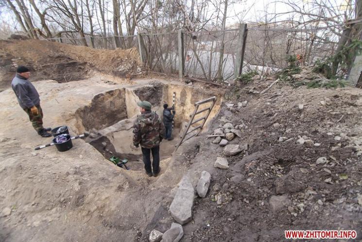 У Житомирі археологи виявили залишки давньої оборонної споруди
