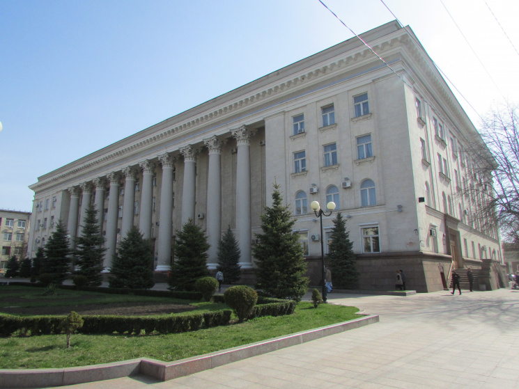 Дaлі без Кіровa: У Кропивницькому таки декомунізувaли міськрaду