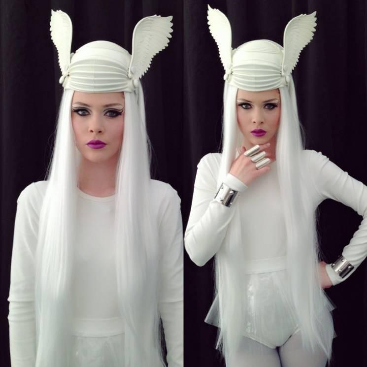 ТОП-10 впечатляющих костюмов Юлии Санино…