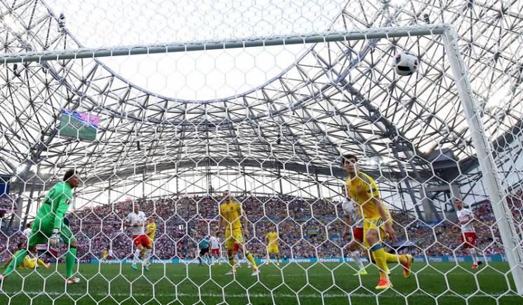 12 чи 16: чим міряються керівники українських футбольних клубів