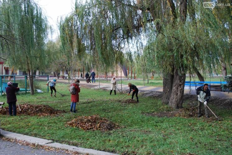 Славутчан організовують на велике прибирання міста