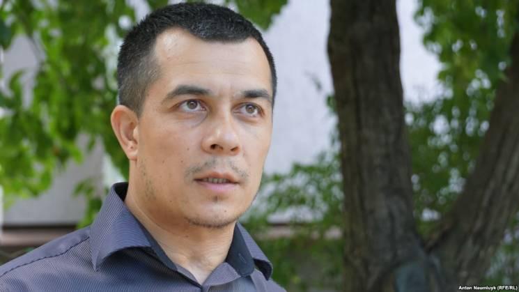 """""""Маски-шоу"""" увірвалися до офісу кримського адвоката"""