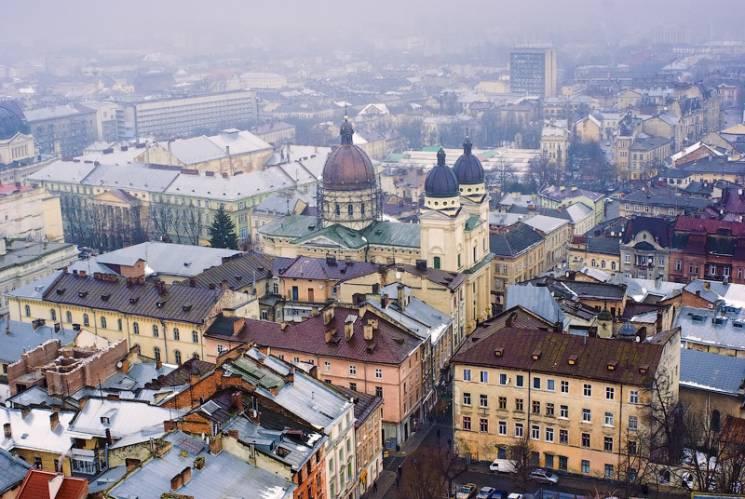 Львівськими батареями знову розлилося тепло