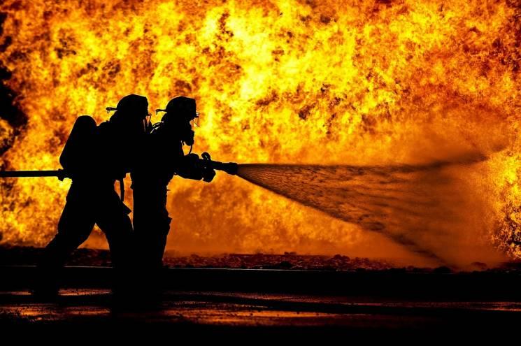 Під Краснодаром сталася масштабна пожежа