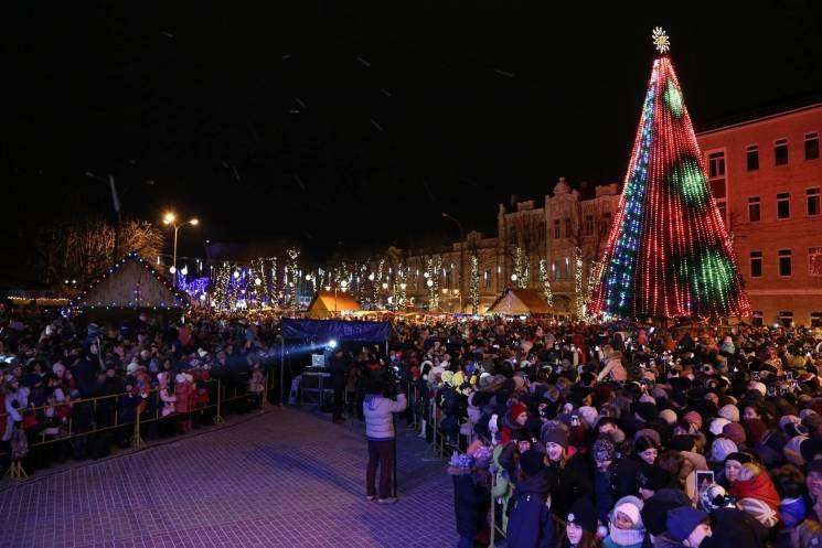 До новорічних святкувань хмельничани долучаться вже з перших днів грудня