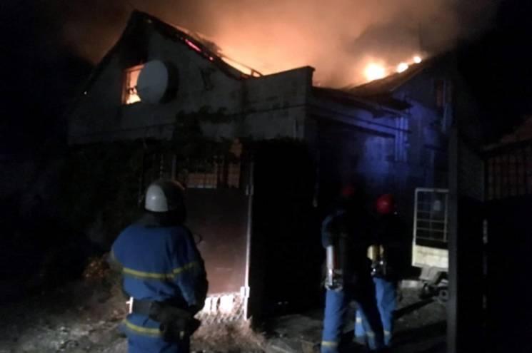 На Дніпропетровщині чоловік отримав опіки 30% тіла під час пожежі(ФОТО)