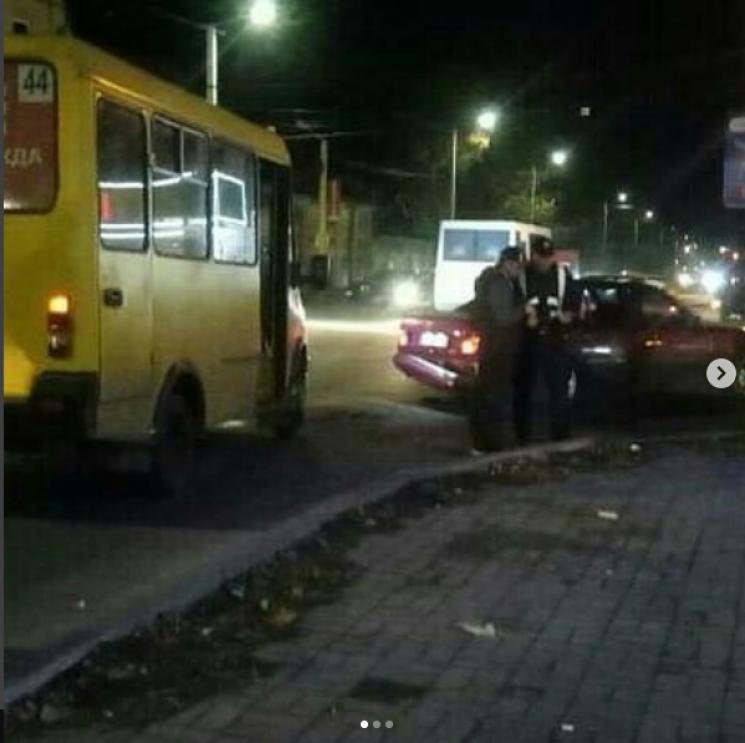 ДТП на Великій Пермській: У Кропивницькому на вулиці, де вбили людину, знову інцидент (ФОТО)