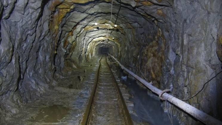 На Донеччині у шахті працівник зірвався з висоти у 320 метрів: Чоловік загинув