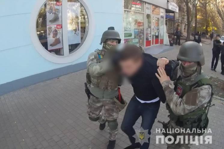 Бійці спецпідрозділу КОРД затримали шахраїв, які дурили фермерів (ФОТО)
