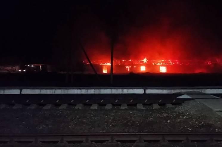 МНСники розповіли про сильну пожежу, що сталася в Армянську