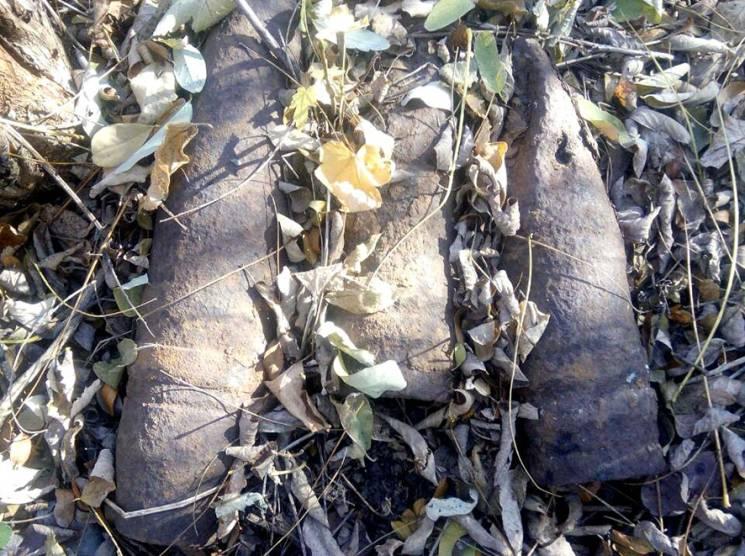Піротехніки знищили сім старих снарядів, знайдених на вулиці Шведська Могила (ФОТО)