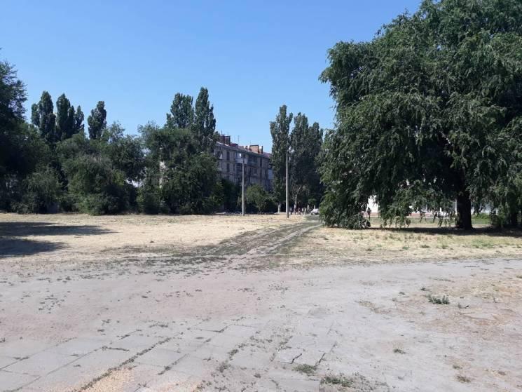 """У Буряка """"відбивалися"""" від повернення громаді земельної ділянки вартістю 9 мільйонів гривень (ФОТО)"""