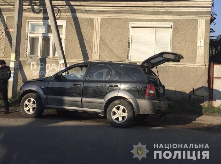 На Тячівщині юнак викрав з автомайстерні позашляховик і скоїв на ньому ДТП (ФОТО)
