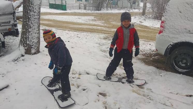 В окупованому Криму випав сніг (ФОТО)