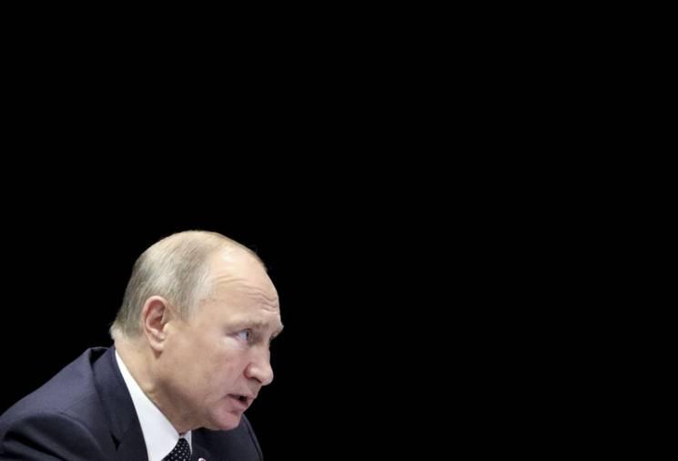 Давос без России: Почему Путин усиливает…