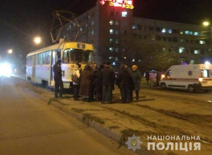 У Харкові люди через відсутність опалення перекрили вулицю та зупинили трамваї