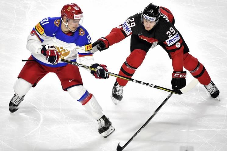 Як брутальний канадець відлупцював росіянина в матчі НХЛ (ВІДЕО)